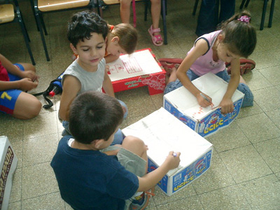 kids-make-cajons-in-Israel1
